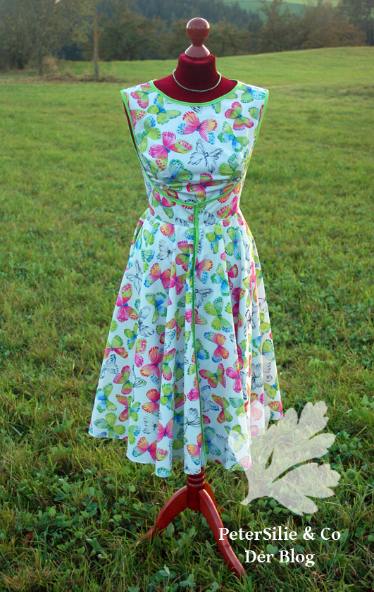 Walk Away Dress Butterick 4790