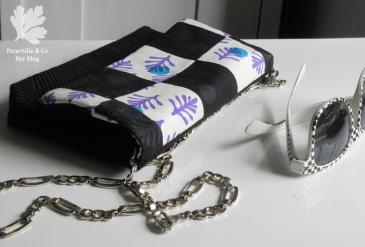 Siebdrucktasche mit Klappe, Druckknopf, Kette