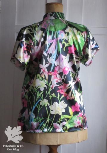 Rückenansicht kimonobluse