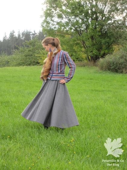 peterSilieUndCo_AnnaFranziska_KarlottaPink_FashionStyle_Jacke_Nepalstoffe_34