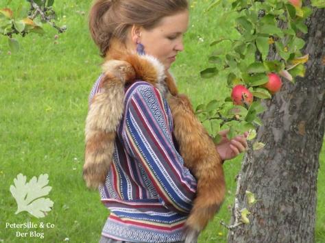 peterSilieUndCo_AnnaFranziska_KarlottaPink_FashionStyle_Jacke_Nepalstoffe_37