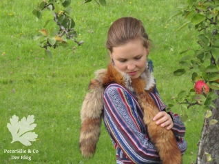 peterSilieUndCo_AnnaFranziska_KarlottaPink_FashionStyle_Jacke_Nepalstoffe_38
