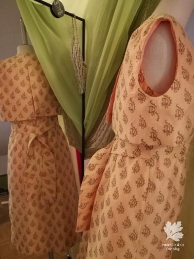 Der Neue Schnitt 50er Seidenkleid Vintage Retro Nähblog nähen Blog Karlotta Pink