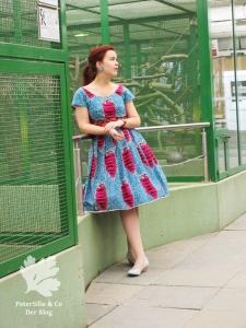 Waxprintkleid Beyer Mode 50er Vintage Retro nähen Blog Karlotta Pink PeterSilieundCo
