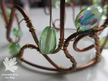 Modeschmuck Detail Draht Perlen