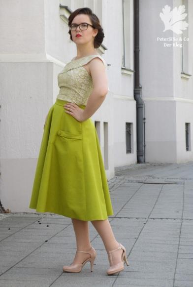 Grünes Vintage Ensemble Kleid Rock Bluse Jäckchen Karlotta Pink