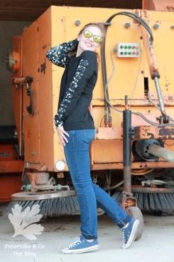 Grainline Studio Linden Sweatshirt Pullover Raglanärmel schwarz weiß Reste Applikation