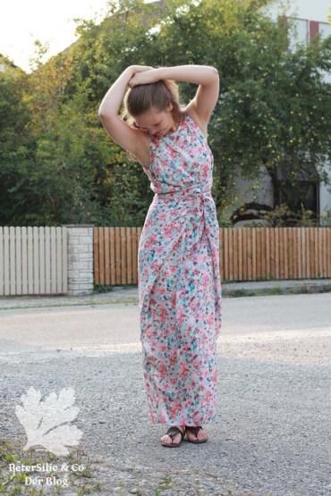 PeterSilieUndCo_KieloWrapDress_NamedClothing_floral_11