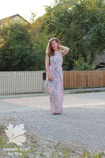 PeterSilieUndCo_KieloWrapDress_NamedClothing_floral_14