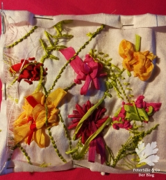 Bänder Stickerei Nadelbrief Blüten
