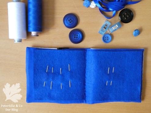 Nadelbrief in Blau Schwarz Weiß, die Innenseite