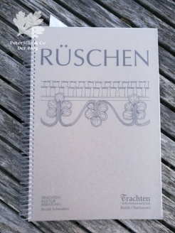 Rüschen Dirndl Buch