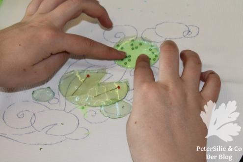 Seeerosenblätter Perlen Pailletten Paillettenperlenfrickelalong PeterSilie&Co Sticken Diy Hangestickt Stickerei Organza Perlen Filz Tutorial