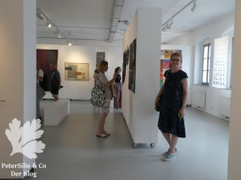 Ausstellung mit Schnitt für Schnitt