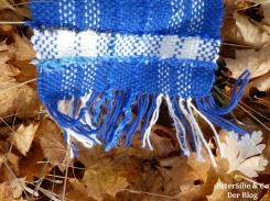 blauer schal fransen2